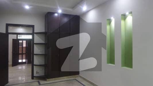 ایف ۔ 10 اسلام آباد میں 6 کمروں کا 1 کنال مکان 11.5 کروڑ میں برائے فروخت۔