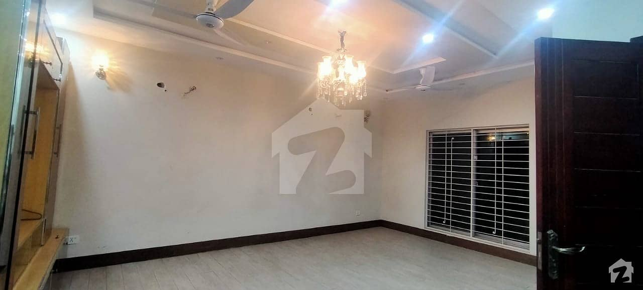 To Sale You Can Find Spacious House In PCSIR Housing Scheme