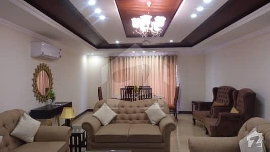 رحمان گارڈنز لاہور میں 3 کمروں کا 10 مرلہ فلیٹ 2.6 لاکھ میں کرایہ پر دستیاب ہے۔