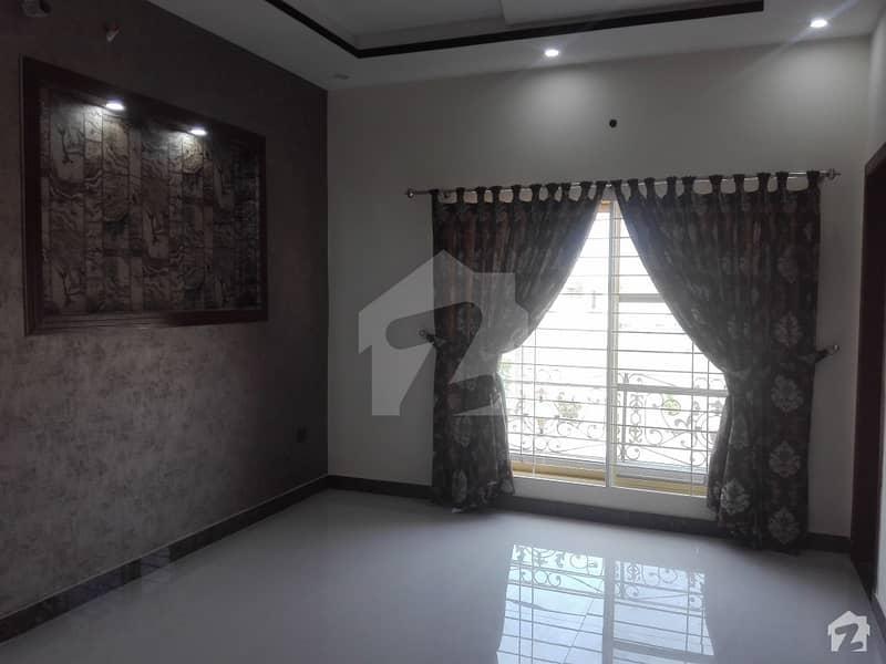 پاک عرب ہاؤسنگ سوسائٹی لاہور میں 3 کمروں کا 10 مرلہ بالائی پورشن 46 ہزار میں کرایہ پر دستیاب ہے۔