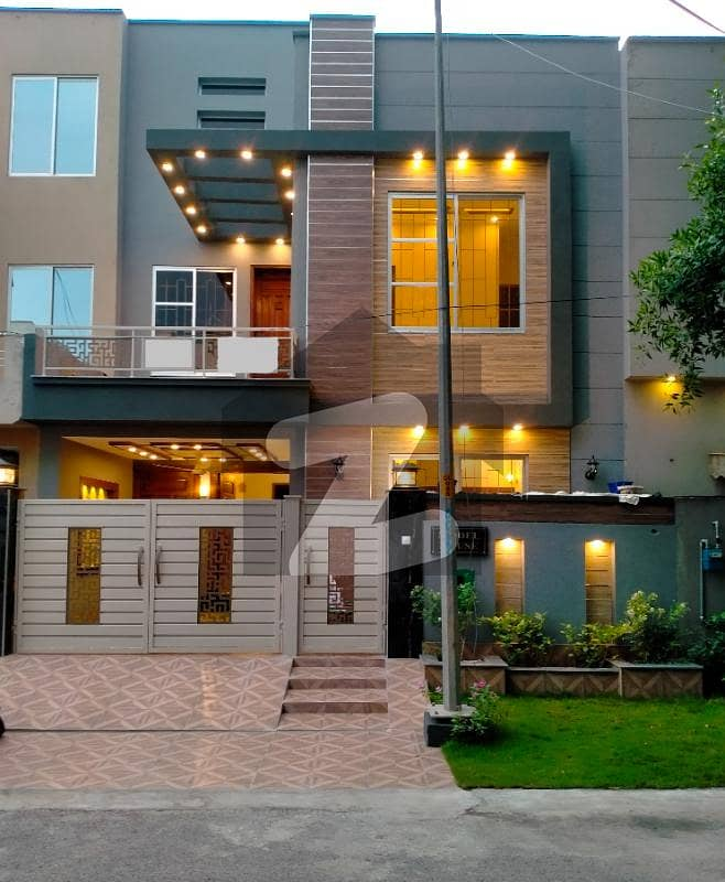 5 Marla Designer Built Luxury House Is Up For Sale In Sector D Bahria Town Lahore