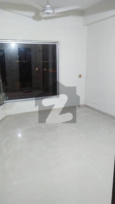 ای ۔ 11/3 ای ۔ 11 اسلام آباد میں 2 کمروں کا 4 مرلہ فلیٹ 84 لاکھ میں برائے فروخت۔