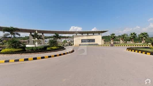 پارک ویو سٹی اسلام آباد میں 10 مرلہ رہائشی پلاٹ 98 لاکھ میں برائے فروخت۔