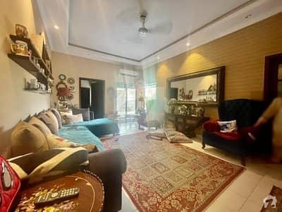 عسکری 7 راولپنڈی میں 5 کمروں کا 1 کنال مکان 5.5 کروڑ میں برائے فروخت۔