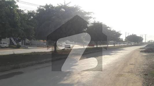 ایف ۔ 14 اسلام آباد میں 1 کنال رہائشی پلاٹ 2.1 کروڑ میں برائے فروخت۔