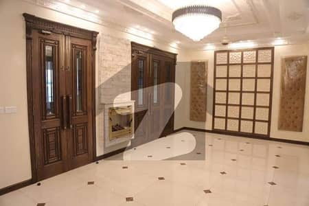 10 Marla Brand New Spanish House Is Available For Sale In Air Avenue - Block M