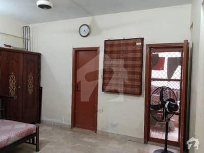 پی آئی بی کالونی کراچی میں 2 کمروں کا 4 مرلہ فلیٹ 55 لاکھ میں برائے فروخت۔
