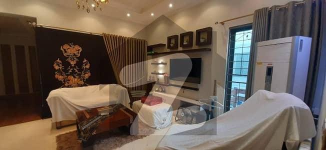 ڈی ایچ اے فیز 3 ڈیفنس (ڈی ایچ اے) لاہور میں 5 کمروں کا 1 کنال مکان 5.15 کروڑ میں برائے فروخت۔