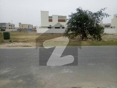 ڈی ایچ اے فیز 6 - بلاک ایچ فیز 6 ڈیفنس (ڈی ایچ اے) لاہور میں 1 کنال رہائشی پلاٹ 4.9 کروڑ میں برائے فروخت۔