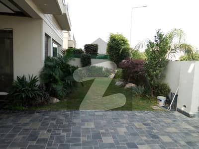 Beautiful 10 Marla House For Rent In Dha