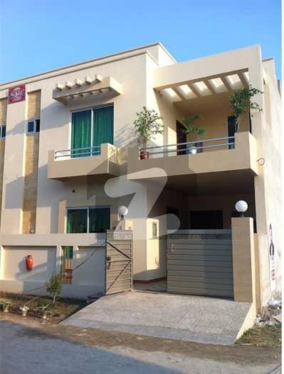 النور گارڈن فیصل آباد میں 4 کمروں کا 5 مرلہ مکان 40 ہزار میں کرایہ پر دستیاب ہے۔
