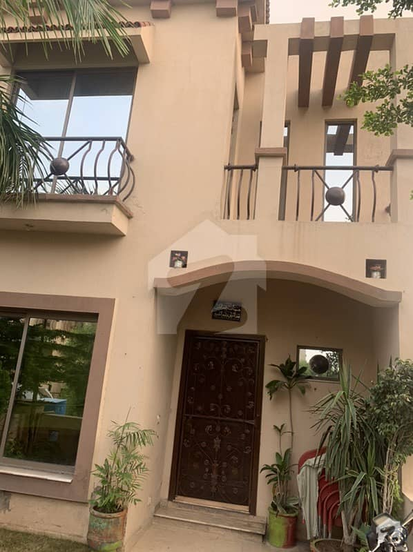 900 Square Feet House For Rent In Paragon City