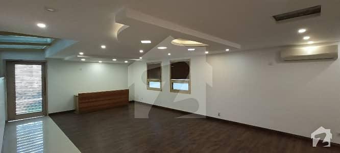 ایف ۔ 6 اسلام آباد میں 8 کمروں کا 1.07 کنال مکان 19 کروڑ میں برائے فروخت۔