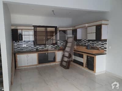 ایم بی سی ایچ ایس ۔ مخدوم بلاول سوسائٹی کورنگی کراچی میں 6 کمروں کا 10 مرلہ مکان 1.9 لاکھ میں کرایہ پر دستیاب ہے۔
