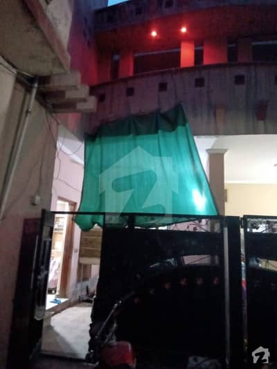 شاہ جمال لاہور میں 2 کمروں کا 5 مرلہ بالائی پورشن 26 ہزار میں کرایہ پر دستیاب ہے۔