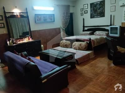 F-11 Nice Location Fully Furnished 1bedroom Anexy For Rent.