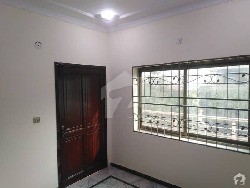 ملٹری اکاؤنٹس ہاؤسنگ سوسائٹی لاہور میں 3 کمروں کا 4 مرلہ مکان 1 کروڑ میں برائے فروخت۔