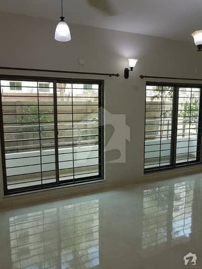 10 Marla 3 Bed Used Apartment Is Available For Sale In Askari 11 Lahore