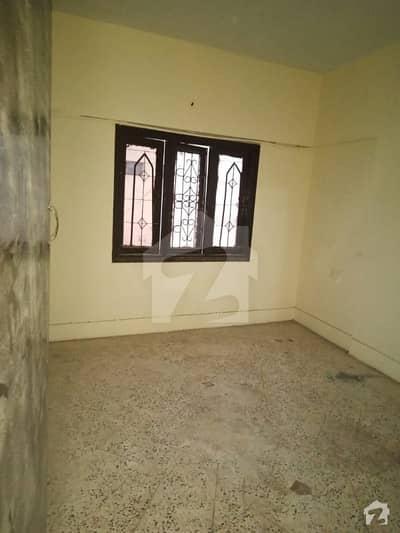 پاکستان چوک کراچی میں 3 کمروں کا 7 مرلہ فلیٹ 1.35 کروڑ میں برائے فروخت۔