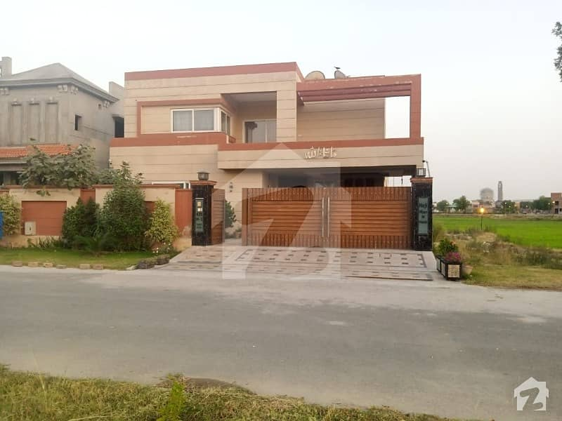 Modern Style 1 kanal 63 Square House For Sale