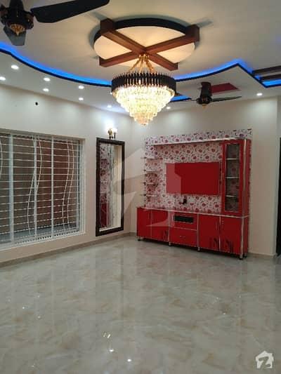 1 Kanal Luxury Spanish Brand New House Tiles Flooring Available For Sale  Near Ucp Or Shaukt Khanum Hospital Or Abdul Sattar Edih Road M2