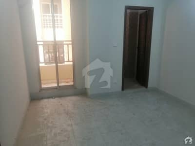 Flat Of 450 Square Feet In D-17 For Rent