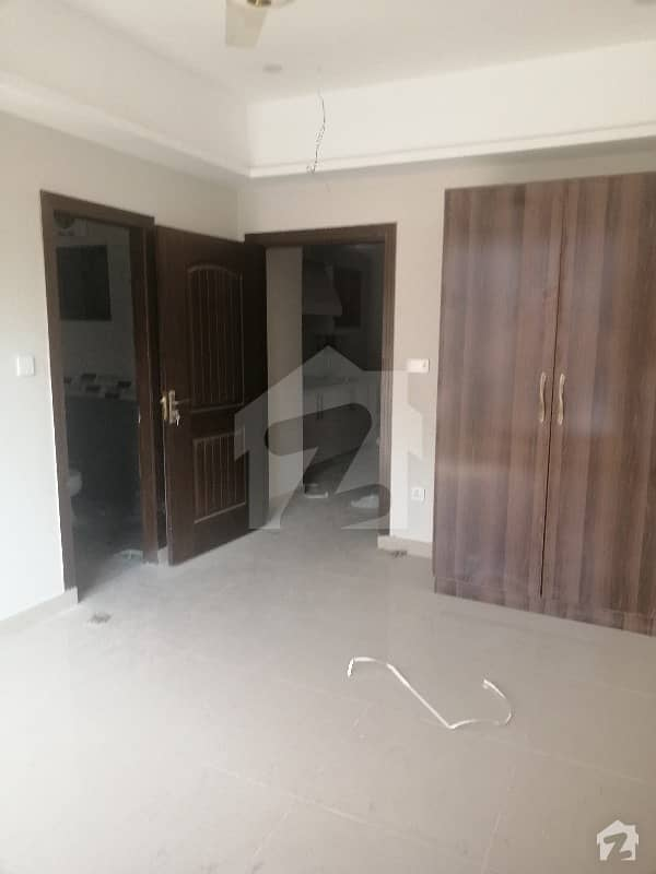 1 Bed Brand New Apartment For Sale In Civic Center Phase 4