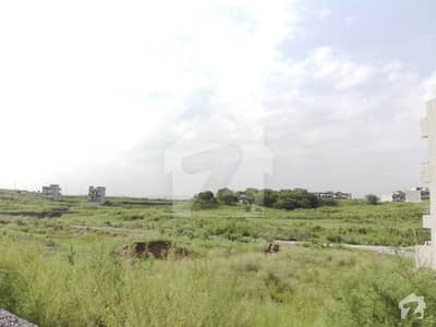 آئی ۔ 14/2 آئی ۔ 14 اسلام آباد میں 6 مرلہ رہائشی پلاٹ 85 لاکھ میں برائے فروخت۔