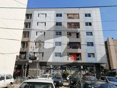 سحر کمرشل ایریا ڈی ایچ اے فیز 7 ڈی ایچ اے کراچی میں 3 کمروں کا 8 مرلہ فلیٹ 2.3 کروڑ میں برائے فروخت۔