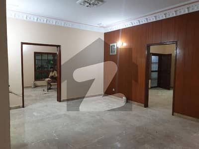 Gulistan-E-Jauhar Block 15 - 400 Sq Yard Double Story West Open House Is Available For Sale