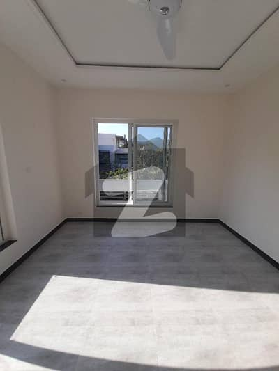 Newly Renovated Upper Portion Available For Rent