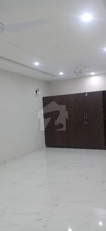 جی ۔ 15/3 جی ۔ 15 اسلام آباد میں 3 کمروں کا 1.8 کنال مکان 65 ہزار میں کرایہ پر دستیاب ہے۔