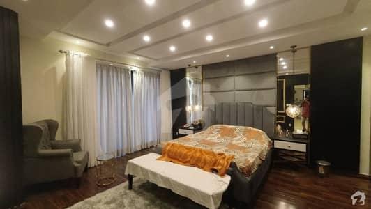 عمار پینورما ڈی ایچ اے فیز 8 ڈی ایچ اے کراچی میں 4 کمروں کا 1.04 کنال فلیٹ 22.05 کروڑ میں برائے فروخت۔