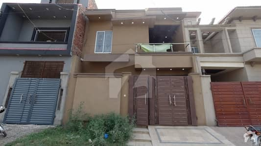 الاحمد گارڈن ہاوسنگ سکیم جی ٹی روڈ لاہور میں 4 کمروں کا 5 مرلہ مکان 89 لاکھ میں برائے فروخت۔