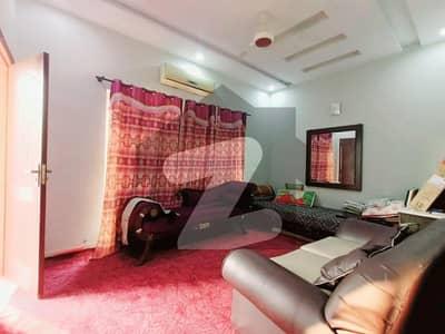 اسٹیٹ لائف فیز 1 - بلاک اے اسٹیٹ لائف ہاؤسنگ فیز 1 اسٹیٹ لائف ہاؤسنگ سوسائٹی لاہور میں 3 کمروں کا 5 مرلہ مکان 1.3 کروڑ میں برائے فروخت۔