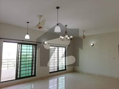 10 Marla 3 Bed Room Apartment For Rent