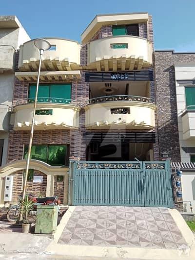 ای ۔ 11/2 ای ۔ 11 اسلام آباد میں 7 کمروں کا 7 مرلہ مکان 3.5 کروڑ میں برائے فروخت۔