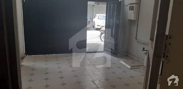 ڈی ایچ اے فیز 2 ایکسٹینشن ڈی ایچ اے ڈیفینس کراچی میں 3 کمروں کا 5 مرلہ مکان 1.1 لاکھ میں کرایہ پر دستیاب ہے۔