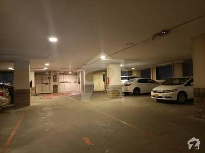 کلفٹن ۔ بلاک 4 کلفٹن کراچی میں 5 مرلہ دفتر 2.76 کروڑ میں برائے فروخت۔