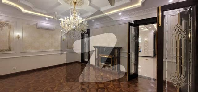 1 KANAL DESIGNERS HOUSE FOR SALE IN DHA PHASE 6 BY INVESTORS ESTATE AT PRIME LOCATION