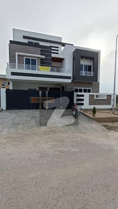 Size 40x80 Luxury Brand New House For Sale In G-13