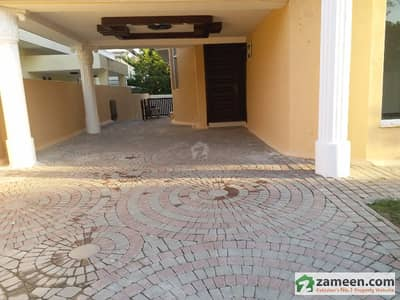 F-10 666 Sq  Yd 8 Master Bedrooms Tile Flooring Beautiful House Available For Rent
