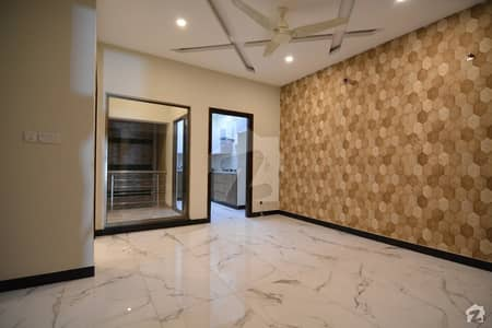 House For Rs 22,500,000 Available In