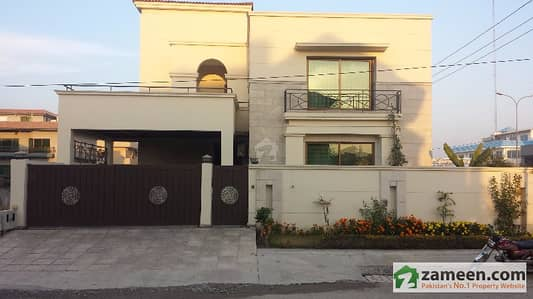 E-11/3  500 Sq Yard 9 Bedrooms With Extra Land Brand New Architect Design House For Sale