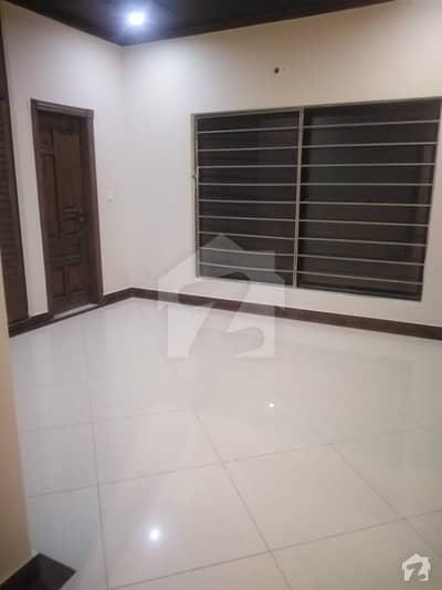 ای ۔ 11 اسلام آباد میں 8 کمروں کا 1 کنال مکان 3.5 لاکھ میں کرایہ پر دستیاب ہے۔