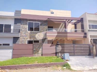 جناح گارڈنز ۔ بلاک اے جناح گارڈنز ایف ای سی ایچ ایس اسلام آباد میں 6 کمروں کا 14 مرلہ مکان 3.45 کروڑ میں برائے فروخت۔