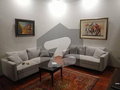 ڈی ایچ اے فیز 8 سابقہ پارک ویو ڈی ایچ اے فیز 8 ڈی ایچ اے ڈیفینس لاہور میں 1 کمرے کا 4 مرلہ فلیٹ 1.7 کروڑ میں برائے فروخت۔