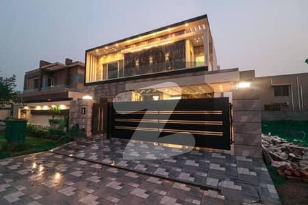 ڈی ایچ اے فیز 6 ڈیفنس (ڈی ایچ اے) لاہور میں 5 کمروں کا 1 کنال مکان 6.7 کروڑ میں برائے فروخت۔