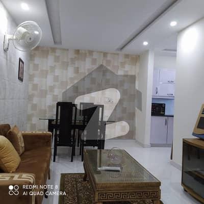 بحریہ ٹاؤن ۔ بلاک اے اے بحریہ ٹاؤن سیکٹرڈی بحریہ ٹاؤن لاہور میں 1 کمرے کا 2 مرلہ فلیٹ 60 لاکھ میں برائے فروخت۔