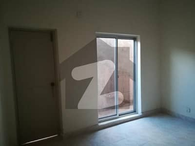 Awami Vill Iii On 2nd Floor Is Available For Sale In Reasonable
